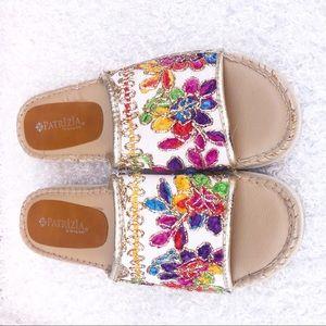 Spring step sandal wedges size 9 1/2-10